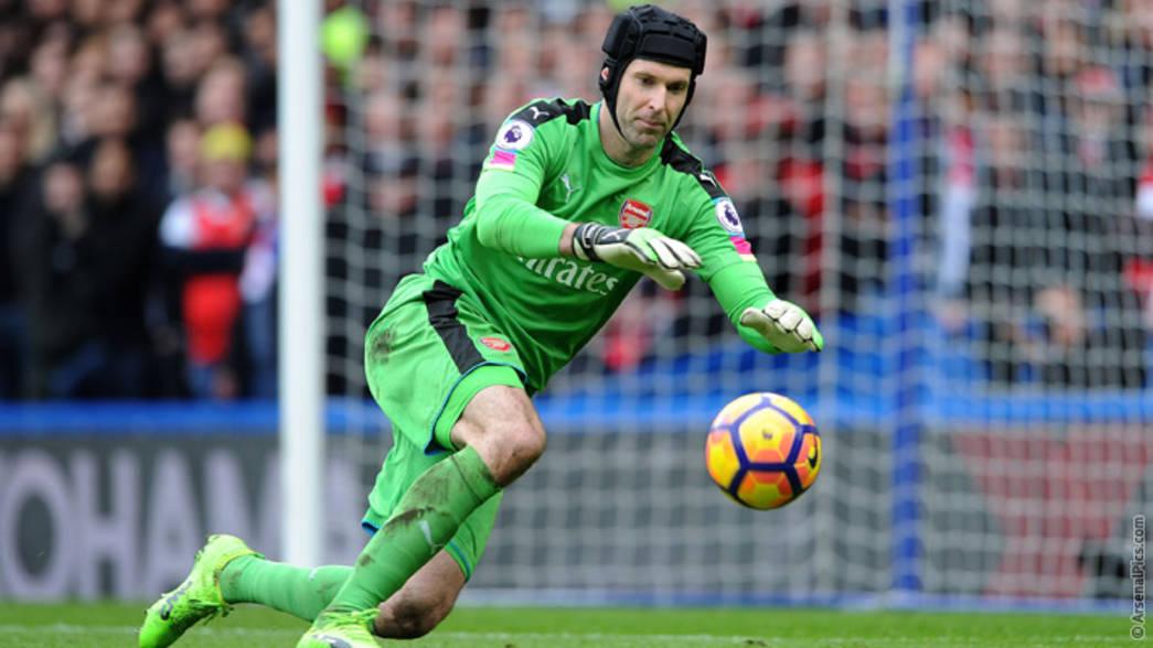 Nuovo nome per la porta della Roma: idea Cech dall'Arsenal