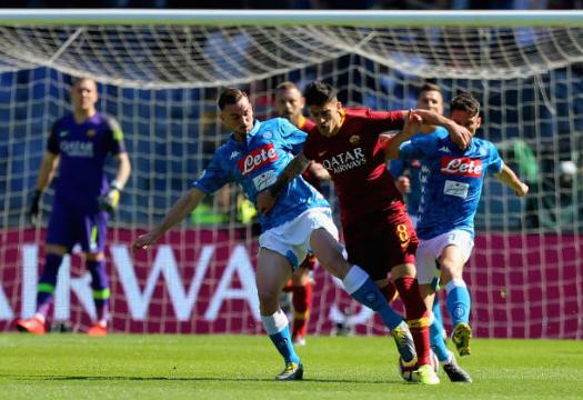 Roma al capolinea! Il Napoli passeggia all'Olimpico: 4-1
