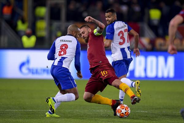 CHAMPIONS LEAGUE Sudore e sangue: la Roma esce all'ultimo respiro col Porto