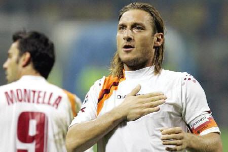 2005, Inter-Roma 2-3. Totti diventa architetto, storia di un arco perfetto